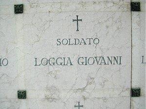 La tomba del soldato Giovanni Loggia